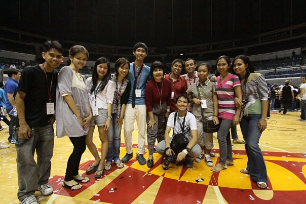At the Araneta (Pic by Jenner Ong)